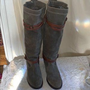 76395 Frye Jane suede knee buckle green boots 8B